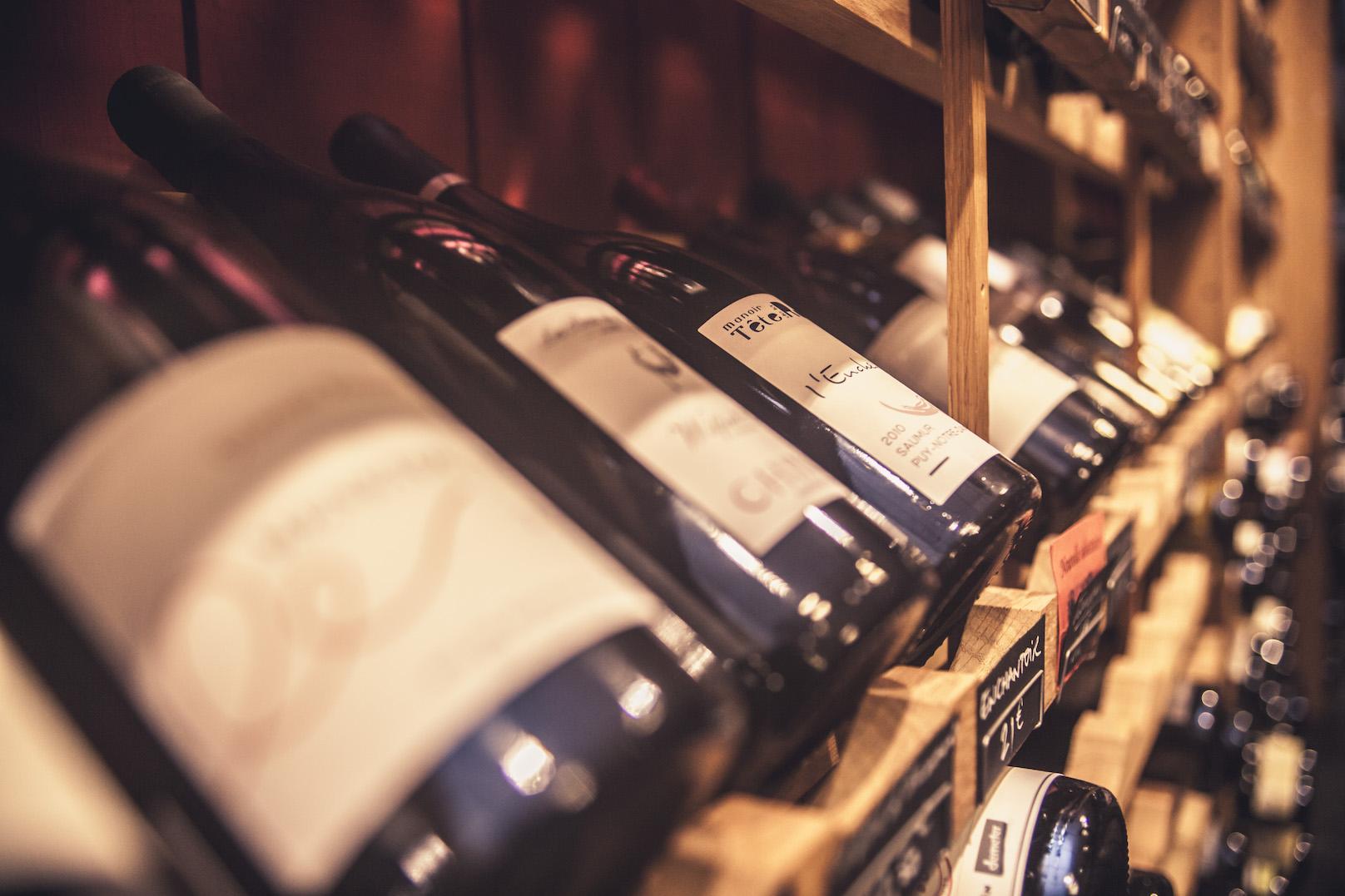 interieur boutique cave a vin rayon selection